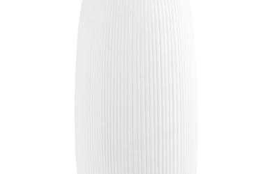 Vase aus gerilltem Porzellan